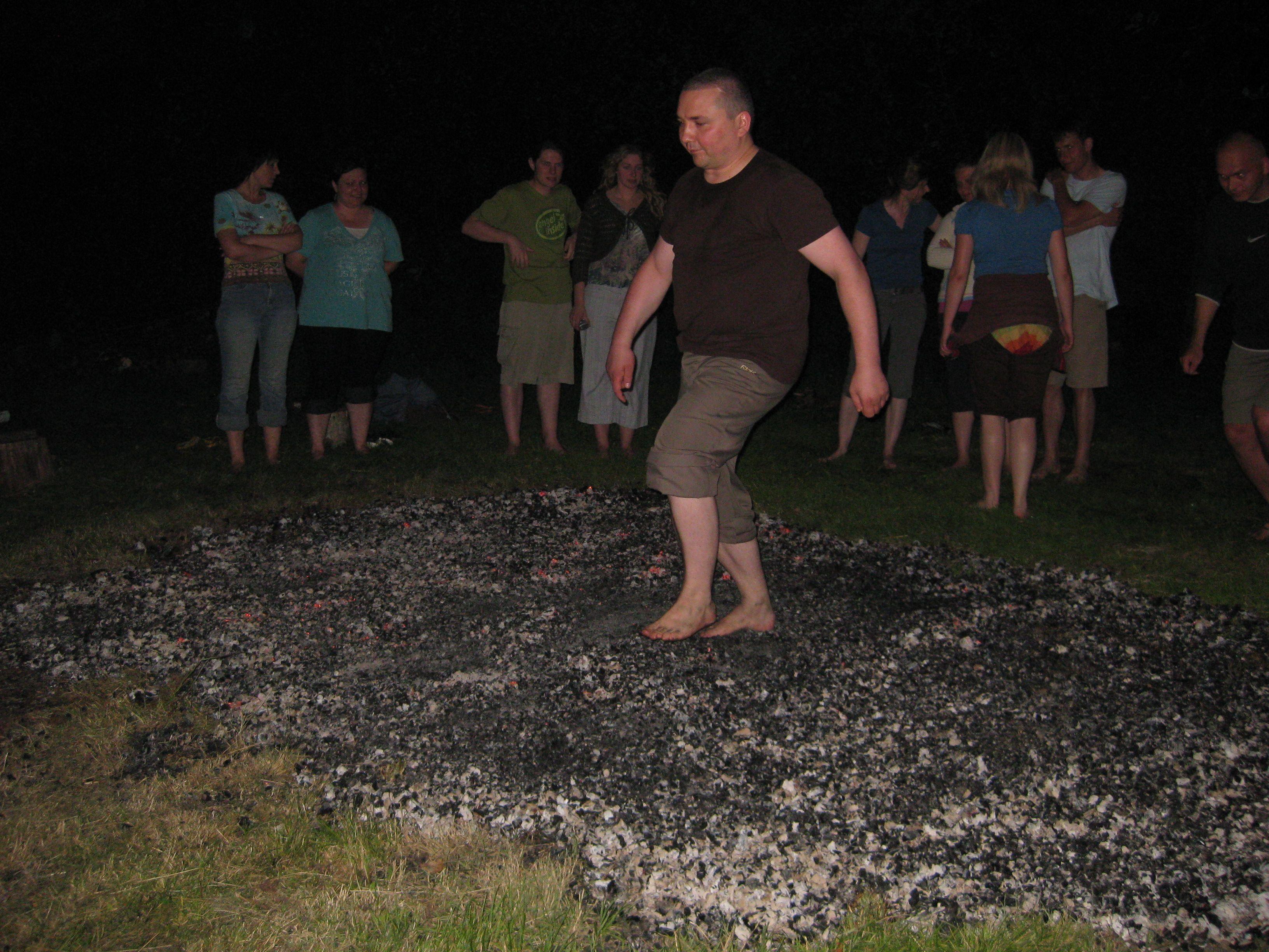 Darek firewalking